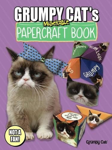 9780486803210: Grumpy Cat's Miserable Papercraft Book (Dover Fun and Games for Children)