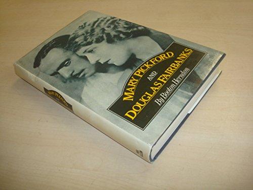 9780491023542: MARY PICKFORD AND DOUGLAS FAIRBANKS