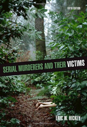9780495600817: Serial Murderers and their Victims