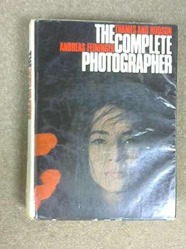 9780500010297: Complete Photographer