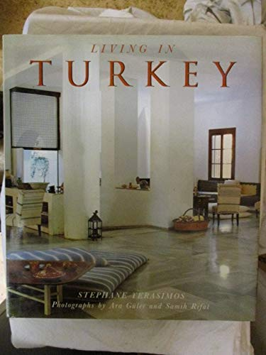 9780500015629: Living in Turkey (Style Book)