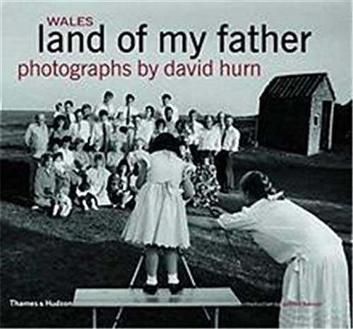9780500019832: Wales: Land of My Father