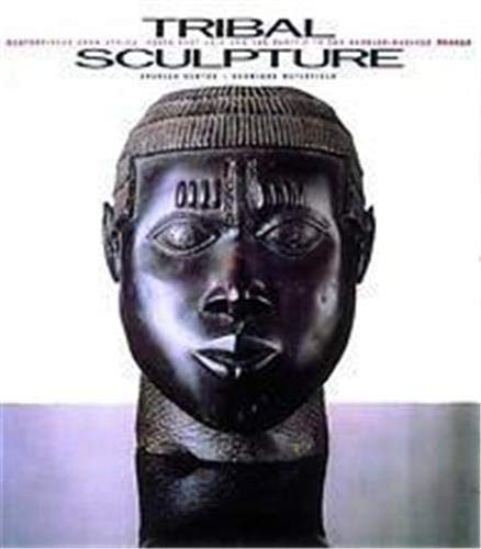 9780500237120: Tribal Sculpture: Masterpieces from Africa, South-East Asia and the Pacific from the Barbier-Mueller Collection