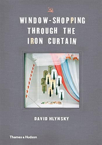 9780500252116: Window-Shopping Through the Iron Curtain