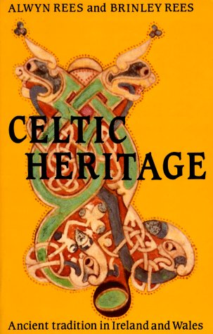 9780500270394: Celtic Heritage: Ancient Tradition in  Ireland and Wales