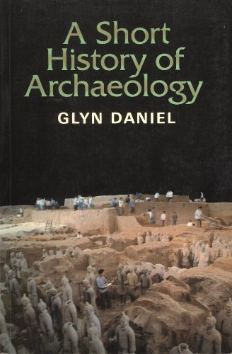 9780500273050: A Short History of Archaeology