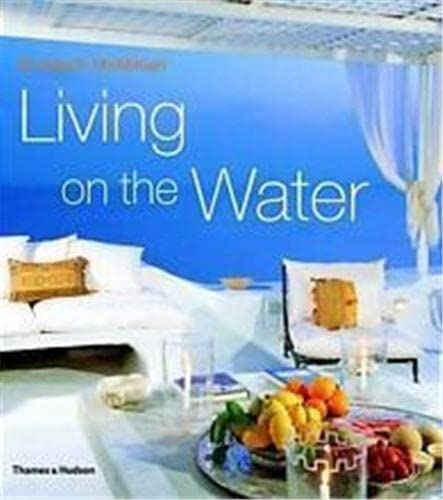 9780500283110: LIVING ON THE WATER