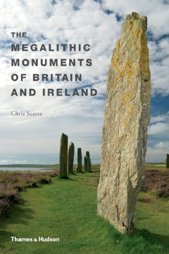 9780500286661: Megalithic Monuments of Britain and Ireland