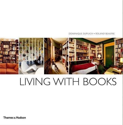 9780500290309: Living with Books
