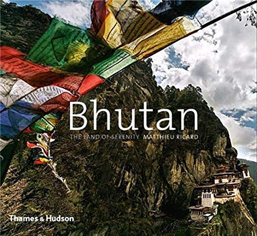 9780500290446: Bhutan: The Land of Serenity