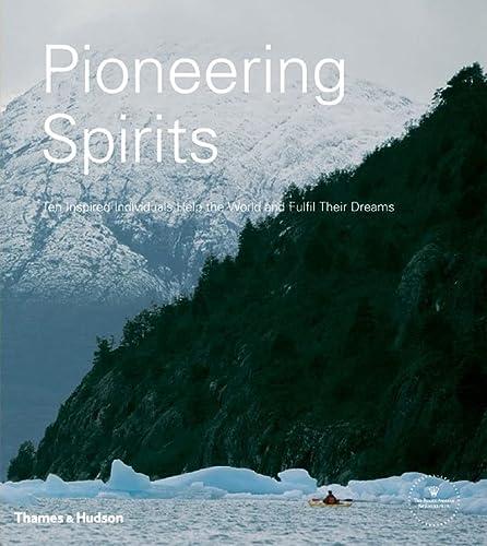 9780500513378: Pioneering Spirits: