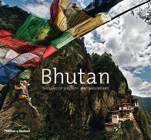 9780500514481: Bhutan: The Land of Serenity