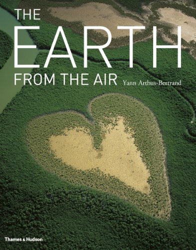 9780500515419: The Earth from the Air