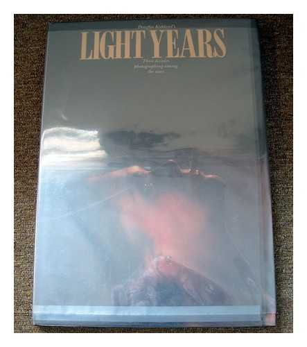 9780500541548: Light Years: 3 Decades Photography Among the Stars