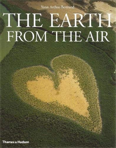 9780500543061: The Earth from the Air