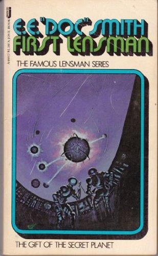 9780515046878: First Lensman (The Lensman Series)