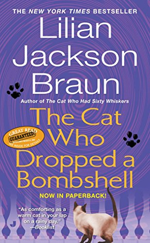9780515142419: The Cat Who Dropped a Bombshell