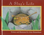 9780516208220: A Slug's Life (Nature Upclose)
