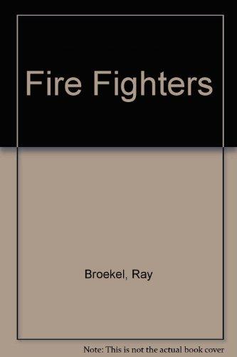 9780516416205: Fire Fighters (A New True Book)