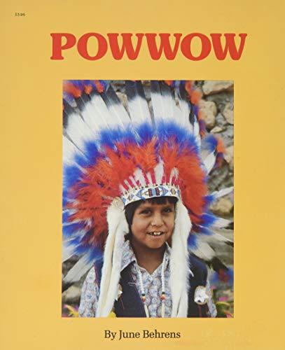 9780516423876: Powwow (Easy Reading)