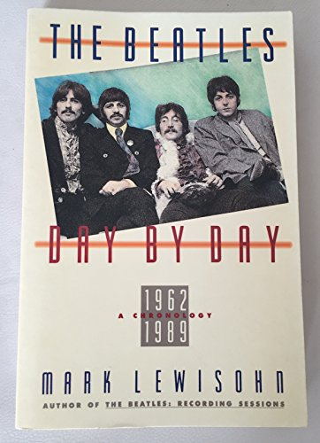 9780517577509: The Beatles Day by Day
