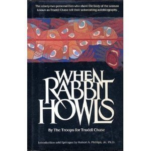 9780517692783: Title: When Rabbit Howls