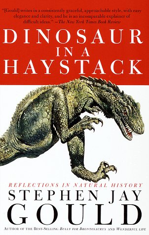 9780517888247: Dinosaur in a Haystack: Reflections in Natural History