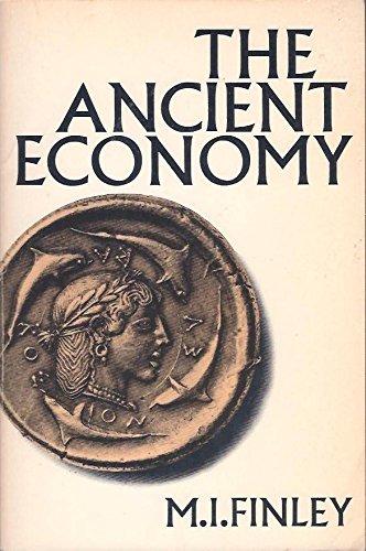 9780520025646: The Ancient Economy