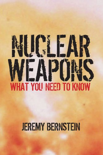 9780521126373: Nuclear Weapons: What You Need to Know