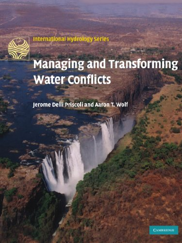 9780521129978: Managing and Transforming Water Conflicts Paperback (International Hydrology Series)