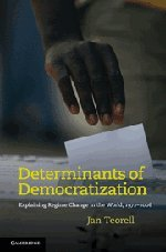 9780521199063: Determinants of Democratization Hardback