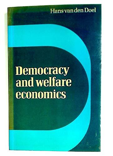 9780521295550: Democracy and Welfare Economics