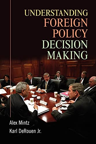 9780521700092: Understanding Foreign Policy Decision Making