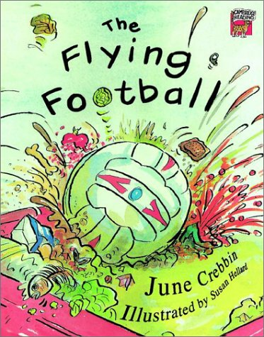 9780521753388: The Flying Football India edition (Cambridge Reading)