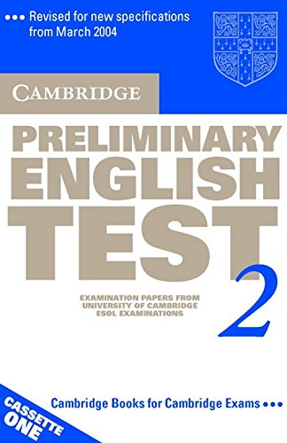 9780521754699: Cambridge Preliminary English Test 2 Audio Cassette Set (2 Cassettes): Examination Papers from the University of Cambridge ESOL Examinations (PET Practice Tests)