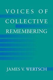 9780521810500: Voices of Collective Remembering