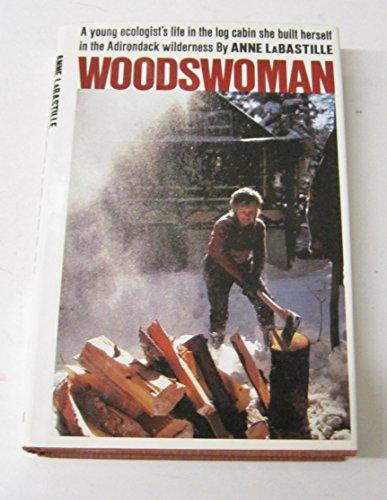 9780525237150: Woodswoman