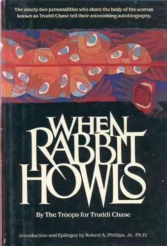 9780525244745: When Rabbit Howls