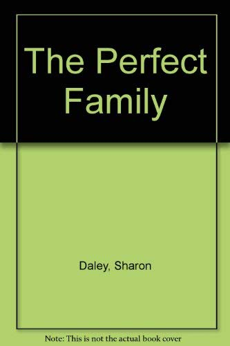 9780525246282: Perfect Family