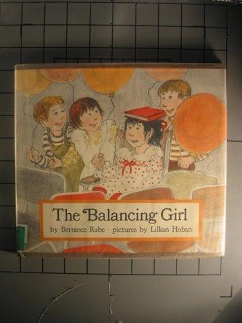 9780525261605: The Balancing Girl
