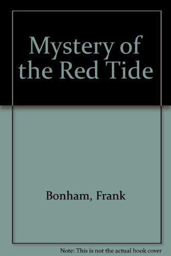 9780525356172: Mystery of the Red Tide: 2