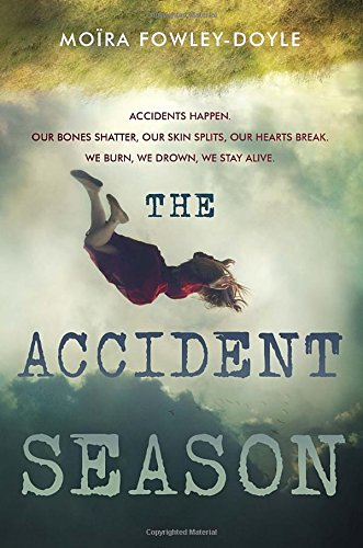 9780525429487: The Accident Season