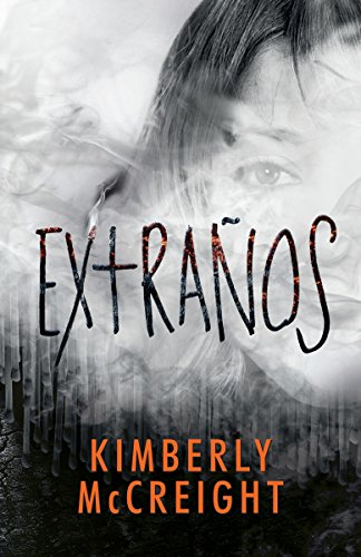9780525433316: Extraños: (The Outliers Spanish-language edition) (Spanish Edition)