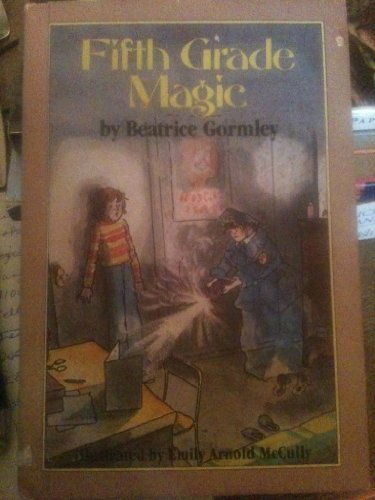 9780525440079: Fifth Grade Magic