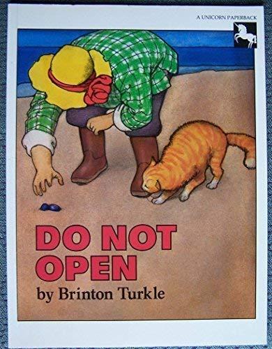 9780525442240: Turkle Brinton : Do Not Open (Pbk)