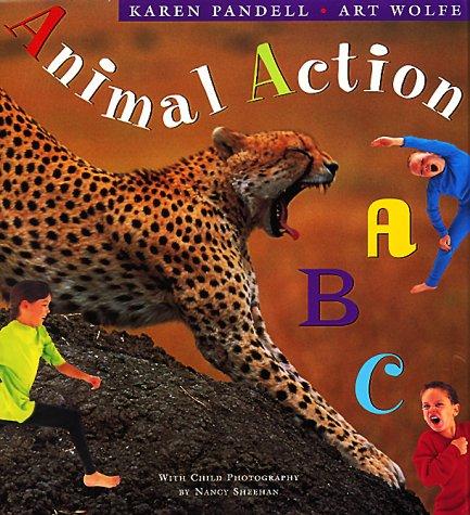 9780525454861: Animal Action ABC