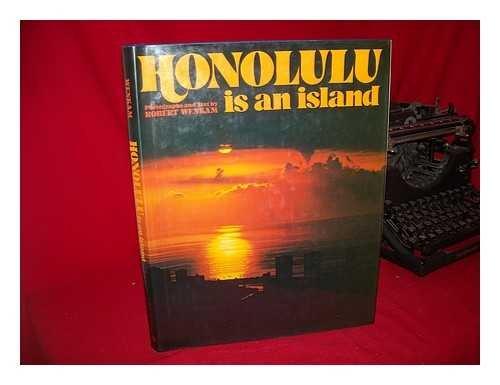 9780528810756: Honolulu is an Island