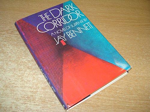 9780531150900: The Dark Corridor