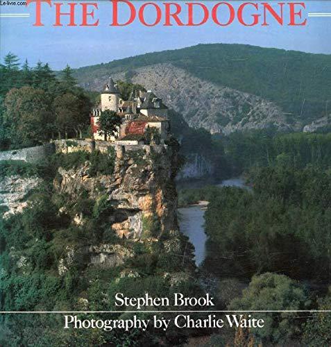 9780540011063: Dordogne (Philips Travel Guides)