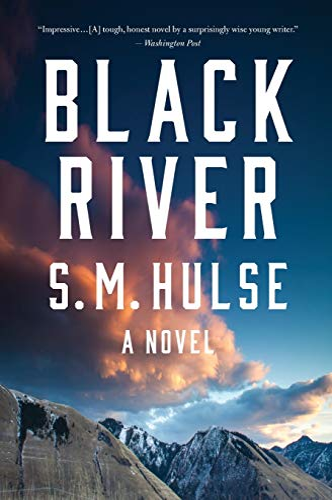 9780544570238: Black River